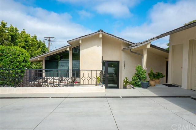 2221 Via La Brea, Palos Verdes Estates CA: http://media.crmls.org/medias/db304aa8-392b-4719-9fb4-94f946aedc27.jpg