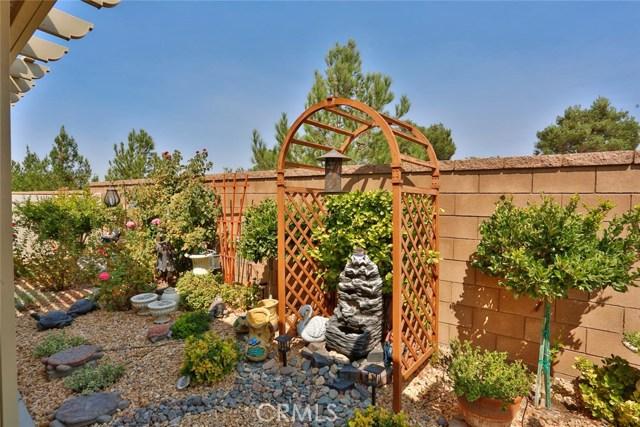 11457 Mint Street, Apple Valley CA: http://media.crmls.org/medias/db48b13e-d762-4b96-b604-993659b9e403.jpg