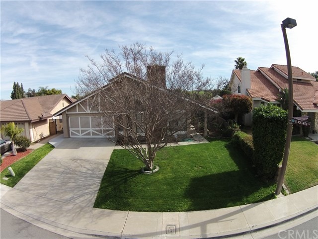 Single Family Home for Sale at 10 Stagecoach Drive Phillips Ranch, California 91766 United States