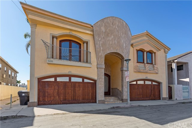Photo of 5455 E SORRENTO Drive, Long Beach, CA 90803