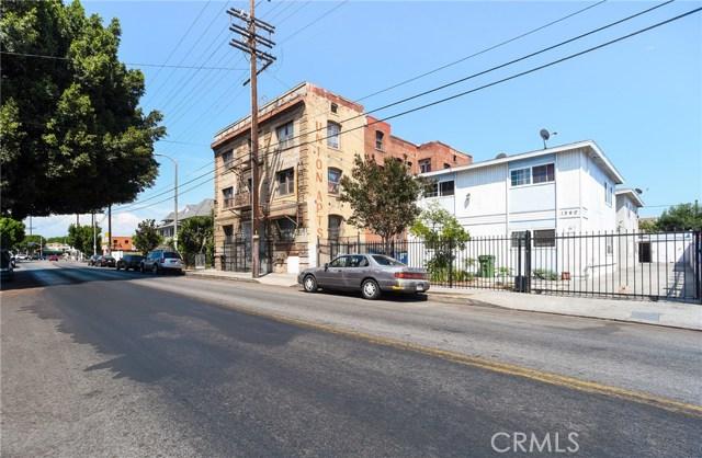 1340 S Union Avenue, Los Angeles CA: http://media.crmls.org/medias/db555215-ebd6-4850-830f-c5057c559033.jpg