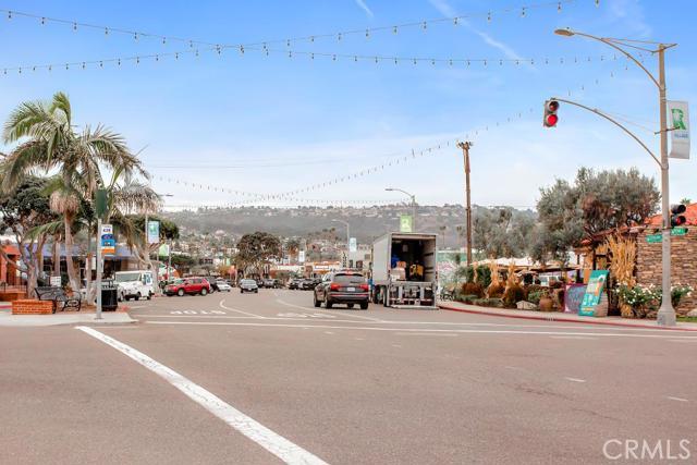 1611 S Catalina Avenue, Redondo Beach CA: http://media.crmls.org/medias/db5c2a53-90b4-4b0c-97a1-30787b0fc364.jpg