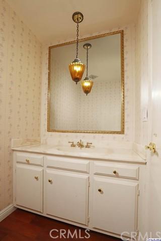 17622 Arvida Drive, Granada Hills CA: http://media.crmls.org/medias/db607270-16ea-4929-ac64-21dd2f461f1f.jpg