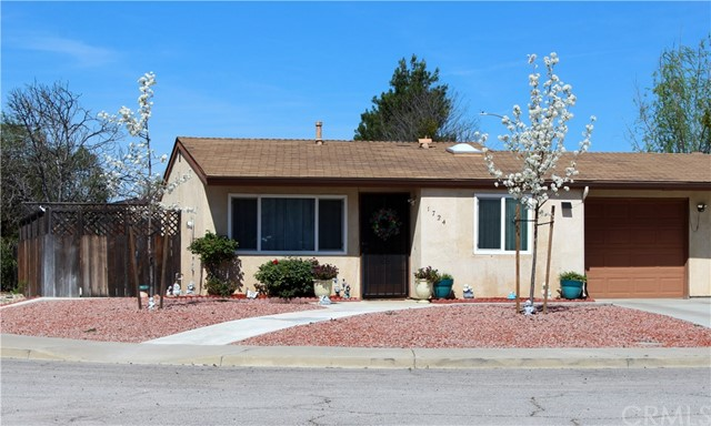 1724 Westfield Road, Paso Robles, CA 93446