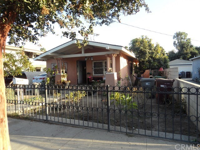 1116 2nd Street, Santa Ana, CA, 92703