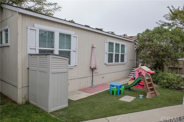 250 W Midway Dr, Anaheim, CA 92805 Photo 5