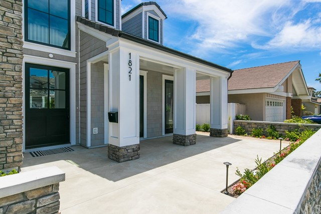 1821 Port Charles  Newport Beach, CA 92660