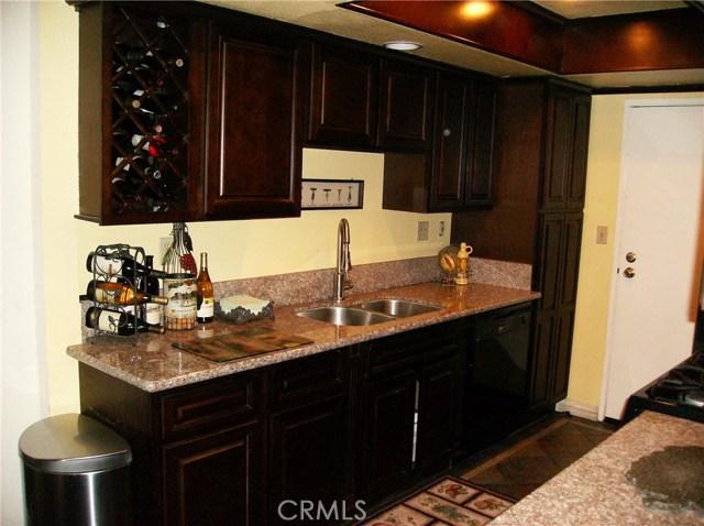 13328 Citicourt Lane, Whittier CA: http://media.crmls.org/medias/db86b38c-d156-4436-812e-3e543068ce18.jpg