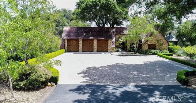 8225 Vineyard Drive, Paso Robles CA: http://media.crmls.org/medias/db8822b6-5f6a-4478-a958-3e9afca0e373.jpg
