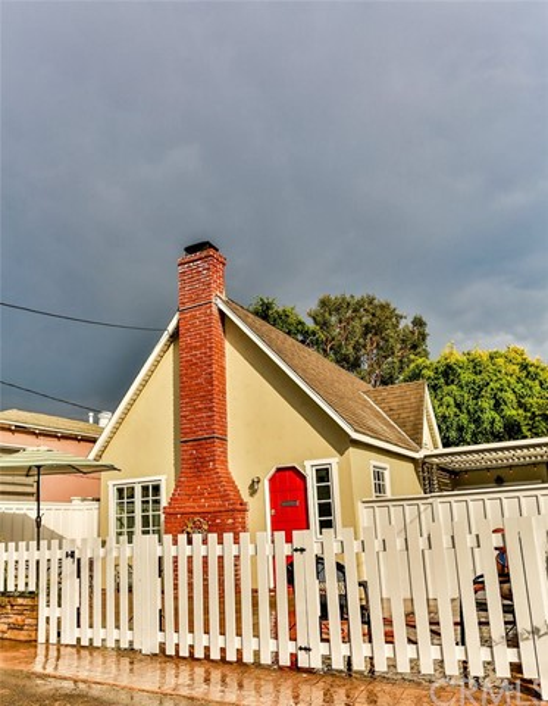 533 Lombardy Lane, Laguna Beach, CA 92651