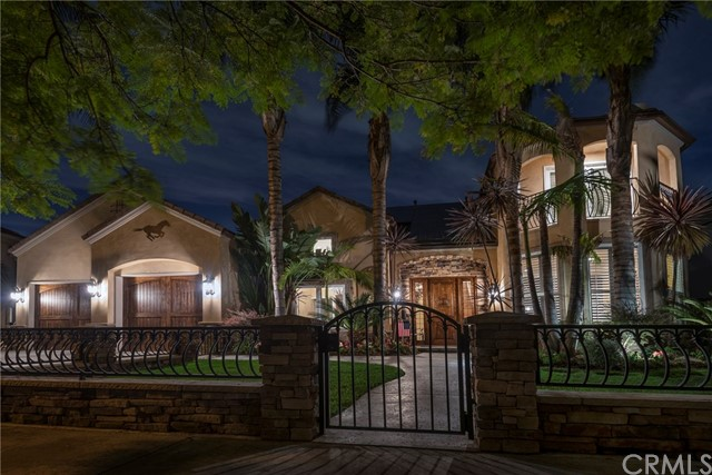 Single Family Home for Sale at 12182 Foster Road Rossmoor, California 90720 United States