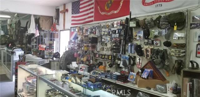 16174 Main Street, Hesperia CA: http://media.crmls.org/medias/dbb3c225-07d2-469b-939d-9f2f73ad0f78.jpg