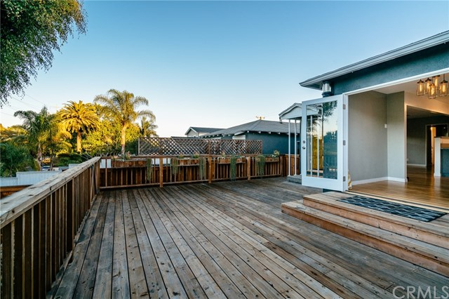 Additional photo for property listing at 722 Rosecrans Avenue  Manhattan Beach, Калифорния,90266 Соединенные Штаты