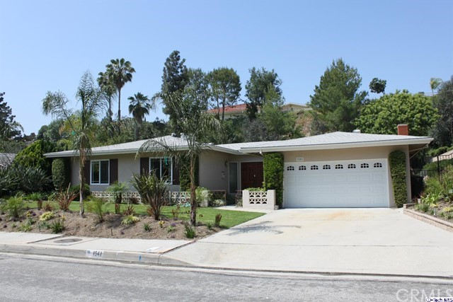Single Family Home for Rent at 1541 Greenbriar Road 1541 Greenbriar Road Glendale, California 91207 United States