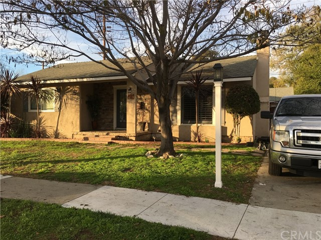 Single Family Home for Sale at 6909 Stearns Street E Long Beach, California 90815 United States