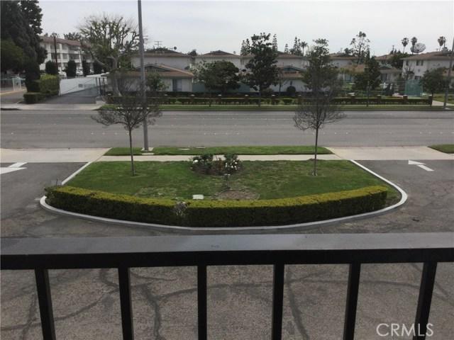 独户住宅 为 销售 在 1655 W Broadway Anaheim, 加利福尼亚州 92802 美国