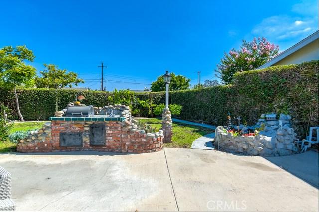 902 S Westchester Drive, Anaheim CA: http://media.crmls.org/medias/dbf03724-2268-468e-af09-62b93e8ea6f5.jpg