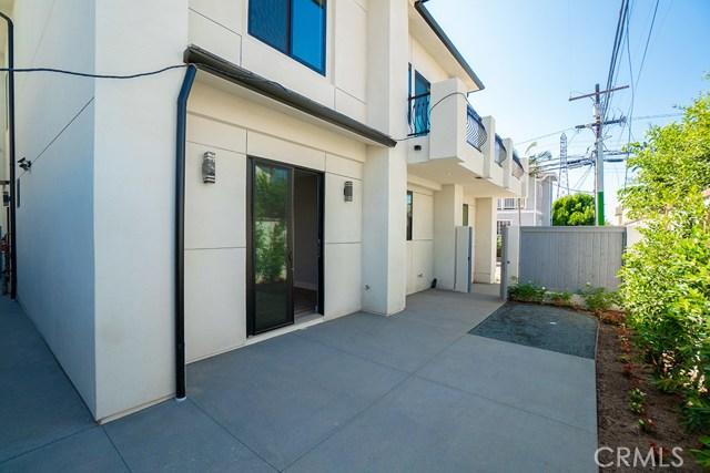 2204 Felton Lane, Redondo Beach CA: http://media.crmls.org/medias/dbf280e3-a958-4be3-942b-17163479aeca.jpg