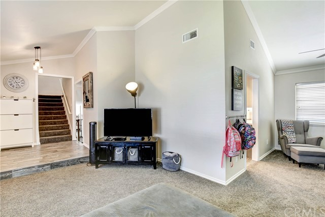 10371 Victoria Street, Rancho Cucamonga CA: http://media.crmls.org/medias/dc0ba1a3-7907-4f20-901a-80f3d9e5af9d.jpg