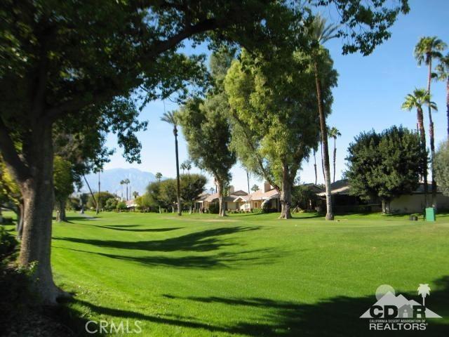 Photo of home for sale at 290 Avenida Del Sol, Palm Desert CA