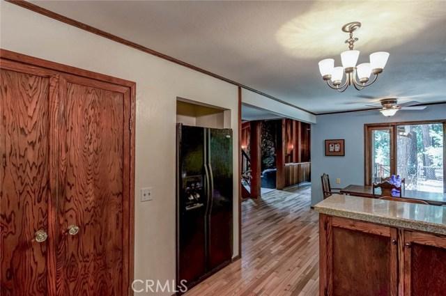 15555 Nopel Avenue, Forest Ranch CA: http://media.crmls.org/medias/dc1d7a01-8430-405e-95ee-145c57010983.jpg
