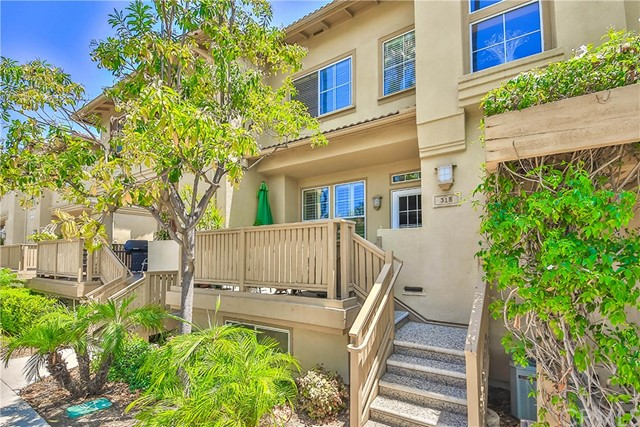 315 W Summerfield Circle Anaheim, CA 92802 is listed for sale as MLS Listing PW17148507