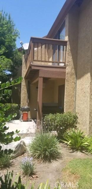167 Tangelo, Irvine CA: http://media.crmls.org/medias/dc21c9e7-3cea-4818-8ea2-5303768607bf.jpg