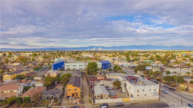 112 W 91st Street Los Angeles, CA 90003 - MLS #: DW18078934