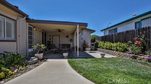 633 Via Santa Cruz, Vista CA: http://media.crmls.org/medias/dc259be8-bc4a-4f12-bdf4-5a241e723761.jpg