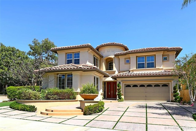 Single Family Home for Sale at 27672 Daisyfield St Laguna Niguel, California 92677 United States