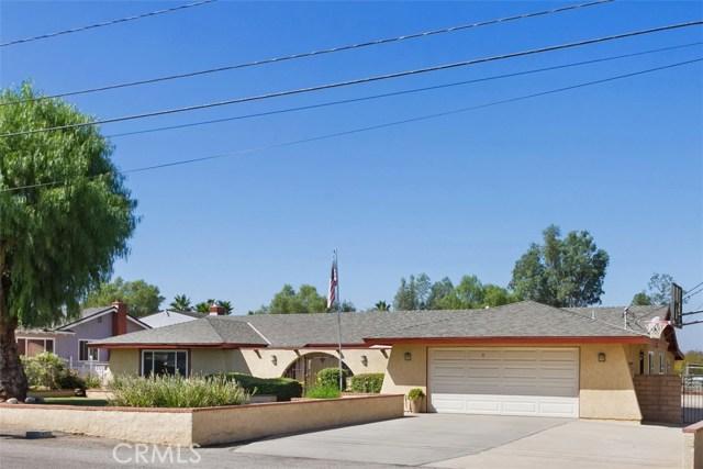16275 Porter Avenue, Riverside CA: http://media.crmls.org/medias/dc3f1f8f-4409-4bbf-b4c1-b7f1e3596009.jpg