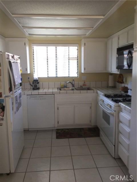 1245 Estes Drive, Santa Maria CA: http://media.crmls.org/medias/dc53aa12-11e9-40dc-bbf7-362233d80139.jpg
