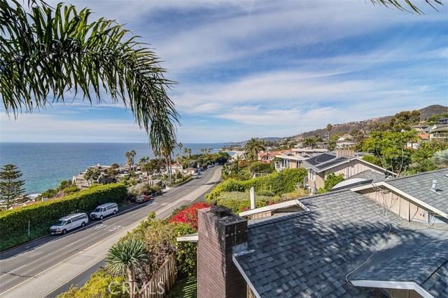 31365 Monterey Street, Laguna Beach CA: http://media.crmls.org/medias/dc6b81f1-61f5-4c3c-8864-45bdd36c1ed3.jpg