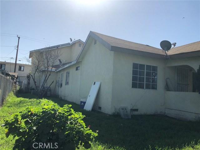 2326 Granada Avenue, South El Monte CA: http://media.crmls.org/medias/dc72813a-0cd6-4deb-8c73-059d6369e4f0.jpg