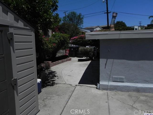 3852 Bostwick Street, Los Angeles CA: http://media.crmls.org/medias/dc7636d8-c81d-4bb6-ab67-16a76cda83e4.jpg