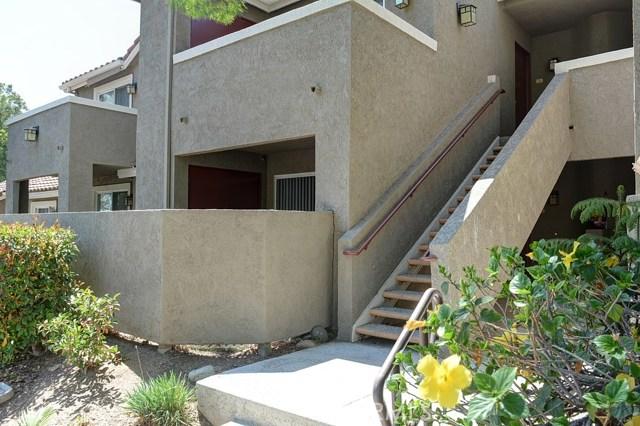 200 E Alessandro Boulevard, Riverside CA: http://media.crmls.org/medias/dc860777-6349-4e49-9f60-ffff408492ea.jpg