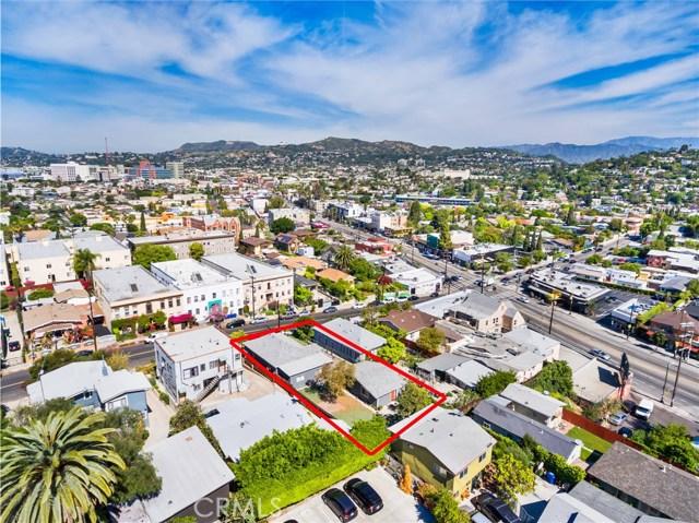 1042 Hyperion Avenue, Los Angeles CA: http://media.crmls.org/medias/dc8cb0d6-1c17-4cfd-9021-af01c822c592.jpg