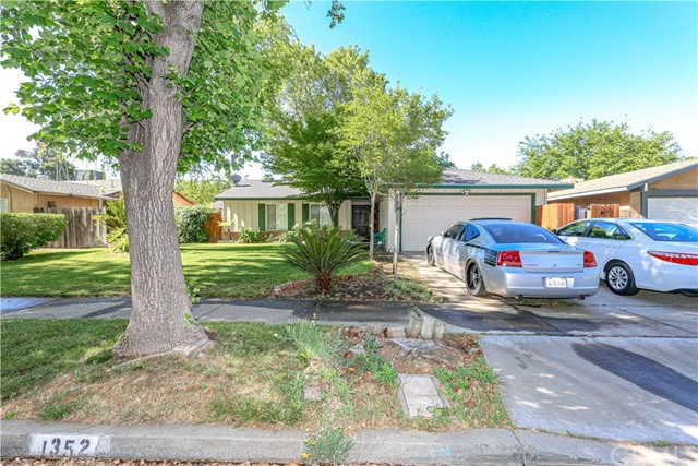 Detail Gallery Image 1 of 1 For 1352 Villa Dr, Merced,  CA 95340 - 3 Beds | 2 Baths