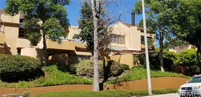 Photo of 25671 Le Parc #9, Lake Forest, CA 92630