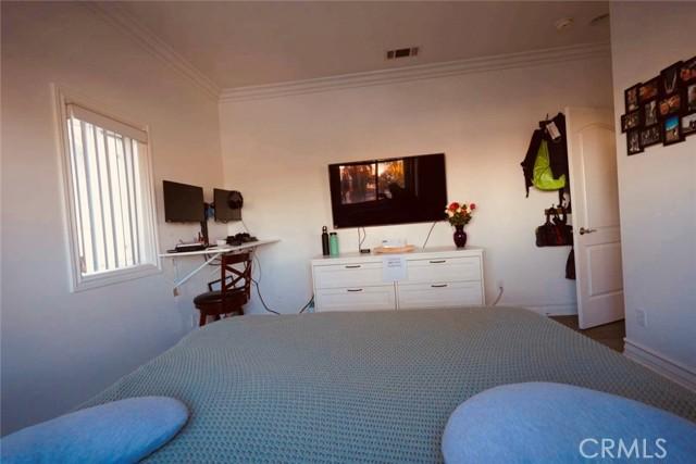 12120 S La Cienega Boulevard, Hawthorne CA: http://media.crmls.org/medias/dca8dd7c-4dbe-417e-946e-6f562dd7bfeb.jpg
