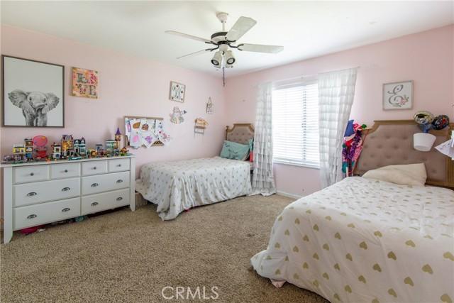29198 Slumpstone Street, Nuevo/Lakeview CA: http://media.crmls.org/medias/dcb17735-e6ba-4bd8-937a-e081a13bf191.jpg