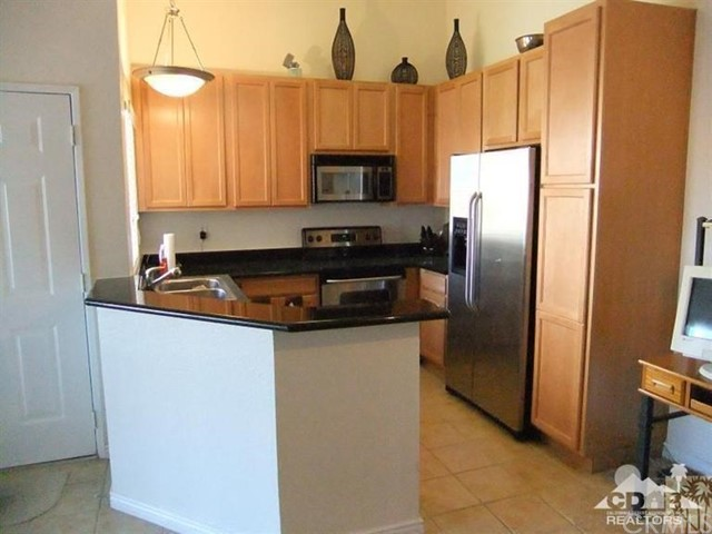 78650 Avenue 42 104 Bermuda Dunes, CA 92203 is listed for sale as MLS Listing 217021992DA