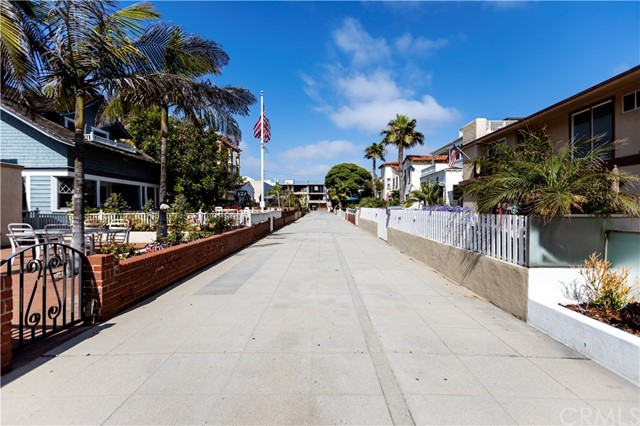 26 9th St, Hermosa Beach, CA 90254 photo 61