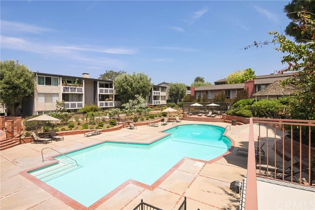 6221 Green Valley Circle Culver City, CA 90230 - MLS #: PW18139698