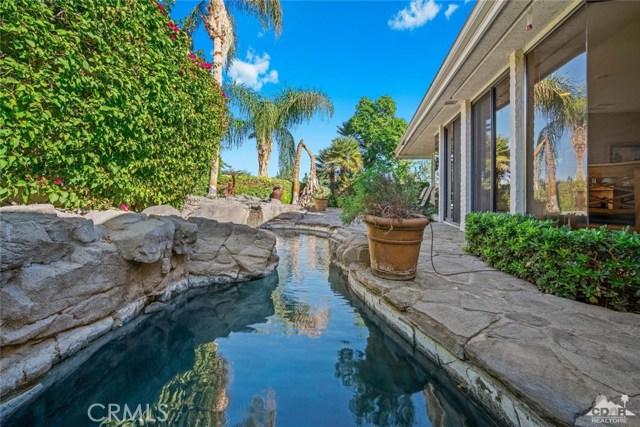4 Exeter Court, Rancho Mirage CA: http://media.crmls.org/medias/dd0837a1-8cfb-47ea-9688-6c54615c795b.jpg