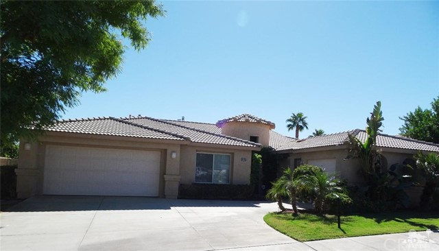 79755 Dandelion Drive La Quinta, CA 92253 is listed for sale as MLS Listing 216034124DA
