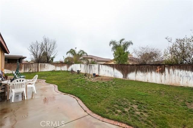 1167 Woodburn Circle, Beaumont CA: http://media.crmls.org/medias/dd1293d2-9751-4c64-998d-8e0c40c18f13.jpg