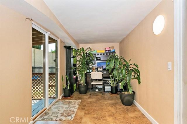 3878 Skofstad Street, Riverside CA: http://media.crmls.org/medias/dd25082b-0ccc-49b5-8889-2344bf348ca3.jpg