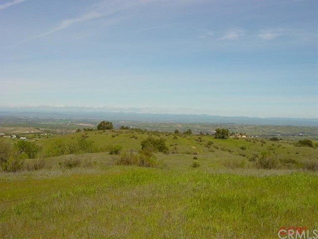 6010 Overhill Road Templeton, CA 93465 - MLS #: NS1074559