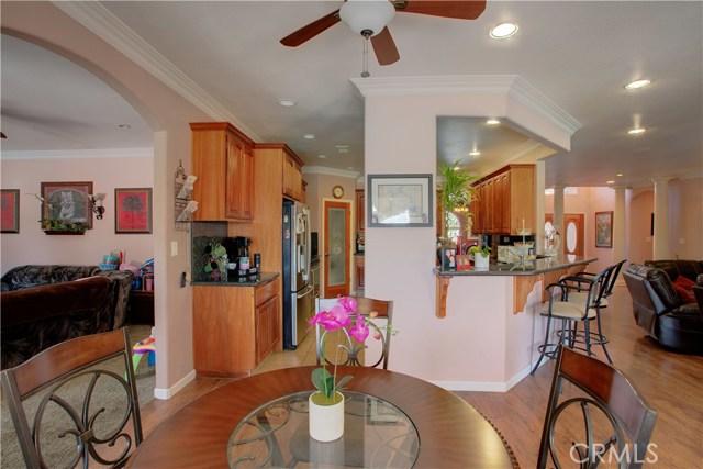 8777 Blossom Avenue, Dos Palos CA: http://media.crmls.org/medias/dd2ee8b4-4923-4c57-b3bd-6f5fc7a11619.jpg